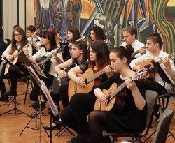 Младежки китарен оркестър софия